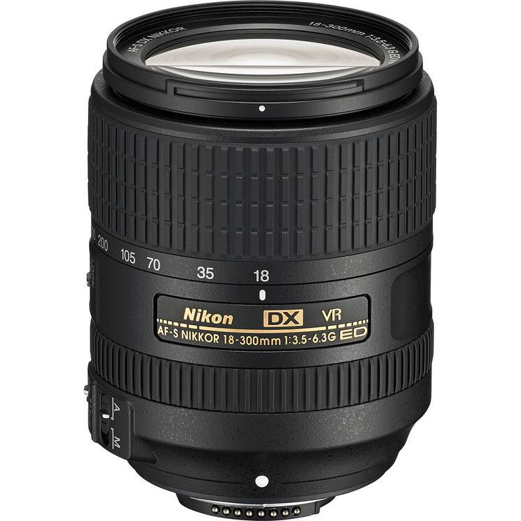 لنز AF-S DX Nikkor 18-300mm ED VR