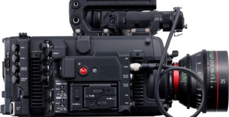 دوربین کانن C700