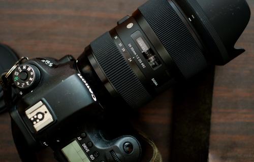 لنز Sigma 24-35mm F2 DG HSM Art