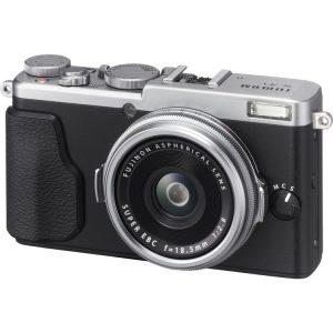 دوربین عکاسی Fujifilm X70