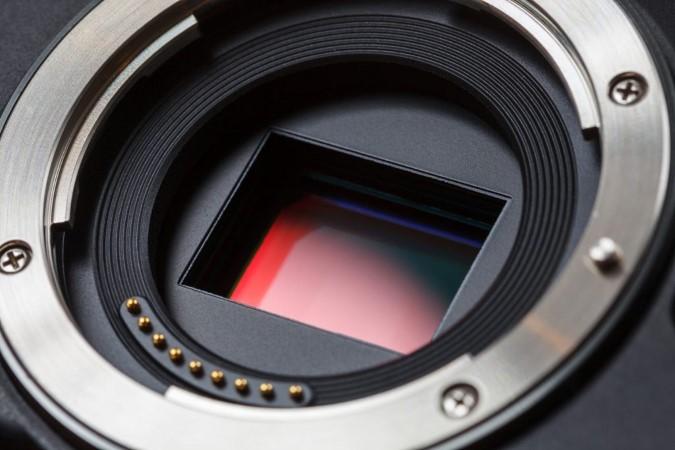 آیا بزرگی اندازهی سنسورهای دوربین مهم است؟