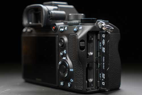 دوربین بدون آینه Sony Alpha a7 III