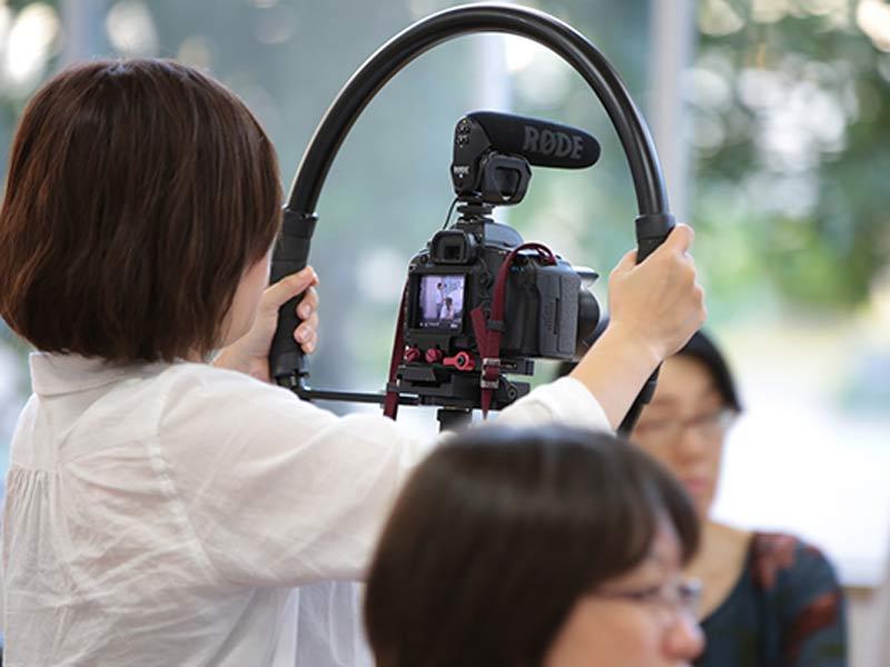 چگونه با یک دوربین DSLR حرفهای فیلمبرداری کنیم؟