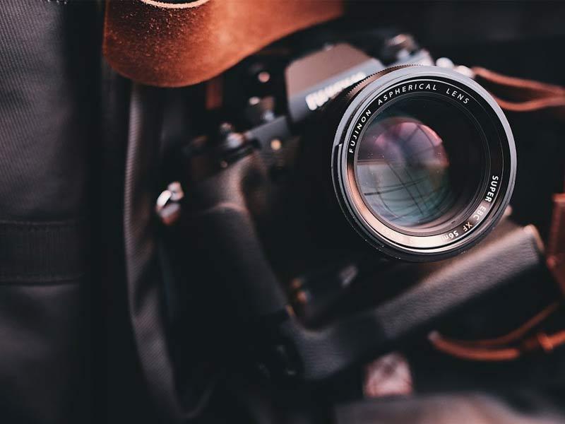 بهترین دوربین بدون آینه با قیمت کمتر از ۱۰۰۰ دلار