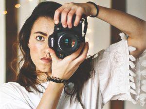 آیا کانن و نیکون، قید دوربینهای غیر فولفریم را میزنند؟