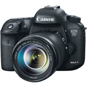 دوربین عکاسی کانن Canon EOS 7D Mark II Kit 18-135mm f/3.5-5.6 IS STM