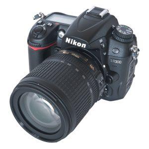 دوربین نیکون D7000 دست دوم