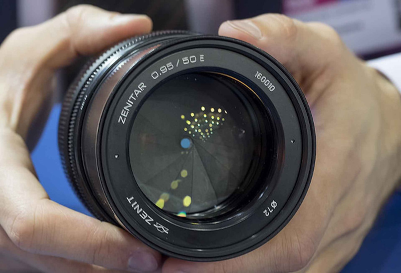 لنز برای دوربین های بدون آینه سونی