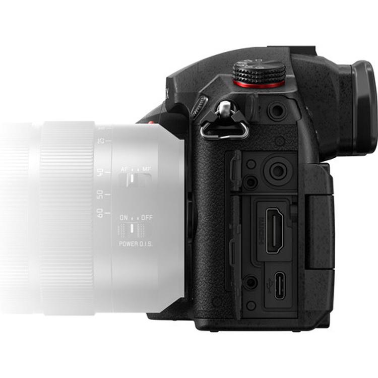 دوربین بدون آینه پاناسونیکDC-GH5S
