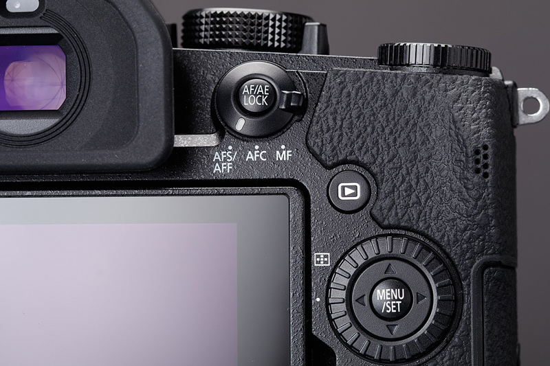 دوربین g90