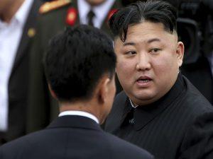 اتفاق ناگواری که برای عکاس کره شمالی افتاد!