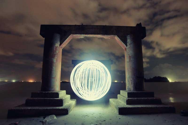 خلق عکس با گوی نور