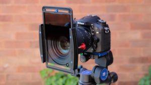 فیلتر دوربین عکاسی بنرو نصب شده بر روی دوربین نیکون