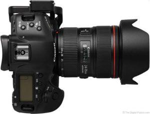 لنز دوربین کانن به همراه خود دوربین