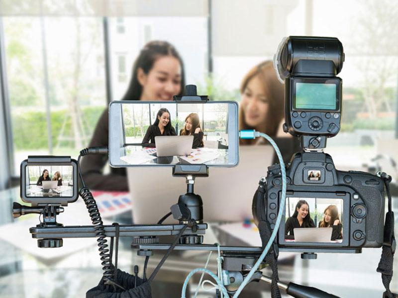تجهیزات ضروری برای تولید محتوای ویدیویی