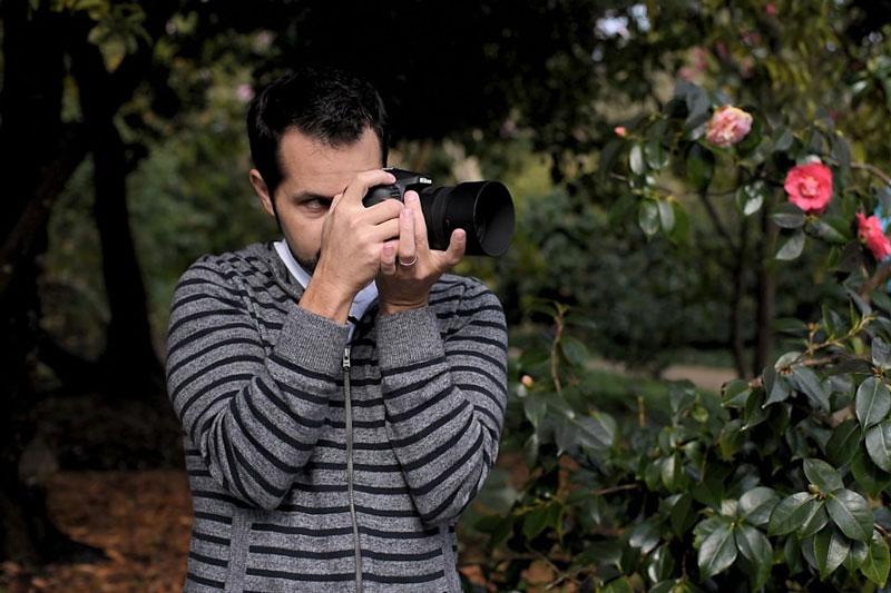 آموزش در دست گرفتن دوربین