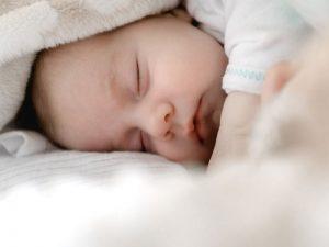 بهترین تکنیکهای نورپردازی برای عکاسی از نوزاد
