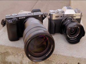 مقایسه دوربینهای سونی A6400 و فوجی X-T30