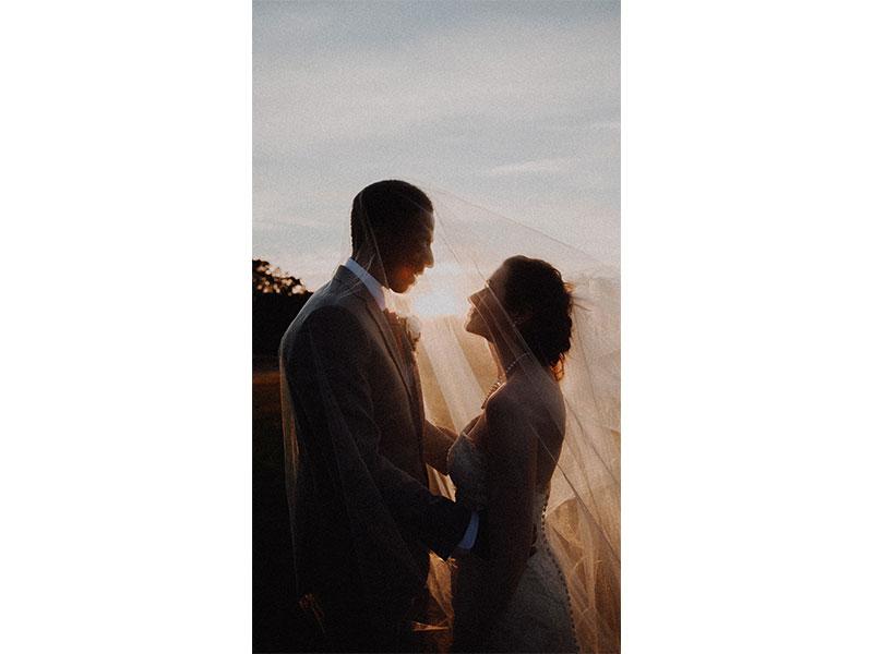 آموزش ژست عکاسی از عروسی