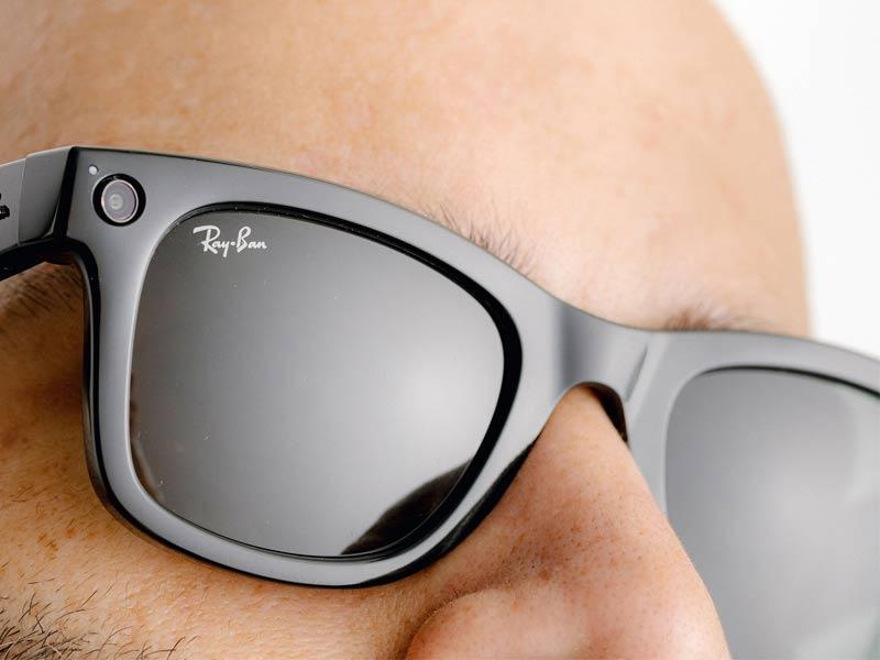 ساخت عینک هوشمند ؛ همکاری عینک ریبن با فیس بوک